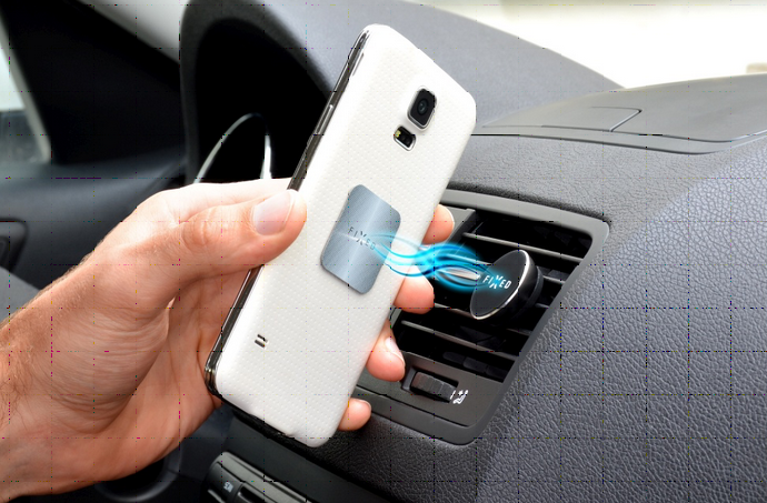 Univerzální magnetický držák FIXED FIXM1 pro mobilní telefony do mřížky ventilace