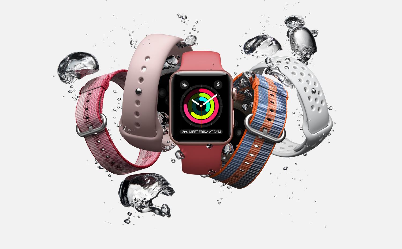 Apple Watch Series 2, 38mm pouzdro z vesmírně šedého hliníku + černý sportovní řemínek