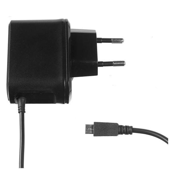 Cestovní nabíječka CELLY s konektorem microUSB, 2,1A, černá